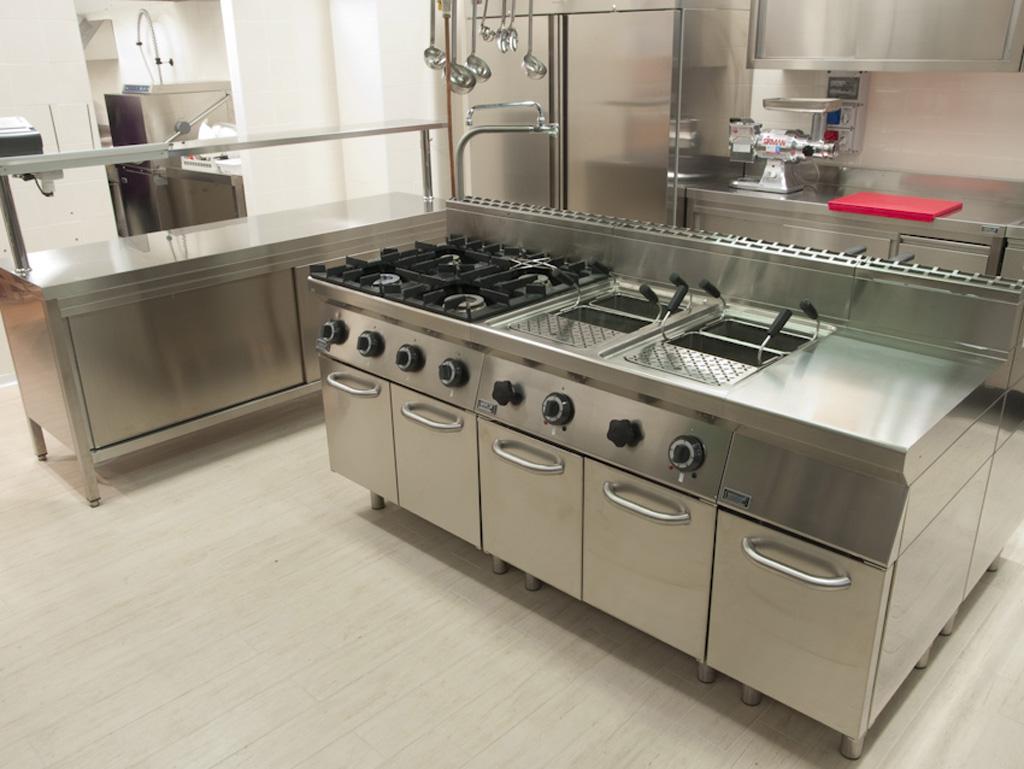 equipement cuisine professionnelle agencement. Black Bedroom Furniture Sets. Home Design Ideas